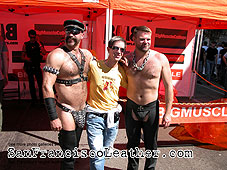 Leathermen at Folsom Street Fair 2007 - Click for larger image