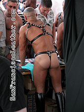 Naked Porn Star at Folsom Street Fair 2007 - Click for larger image