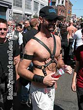 Man in Harness at Folsom Street Fair 2007 - Click for larger image